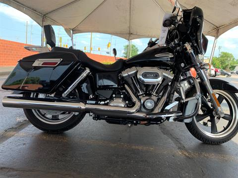 2016 Harley-Davidson FLD103 in Waterford, Michigan - Photo 1