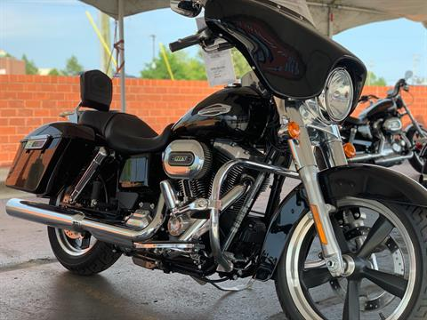2016 Harley-Davidson FLD103 in Waterford, Michigan - Photo 2