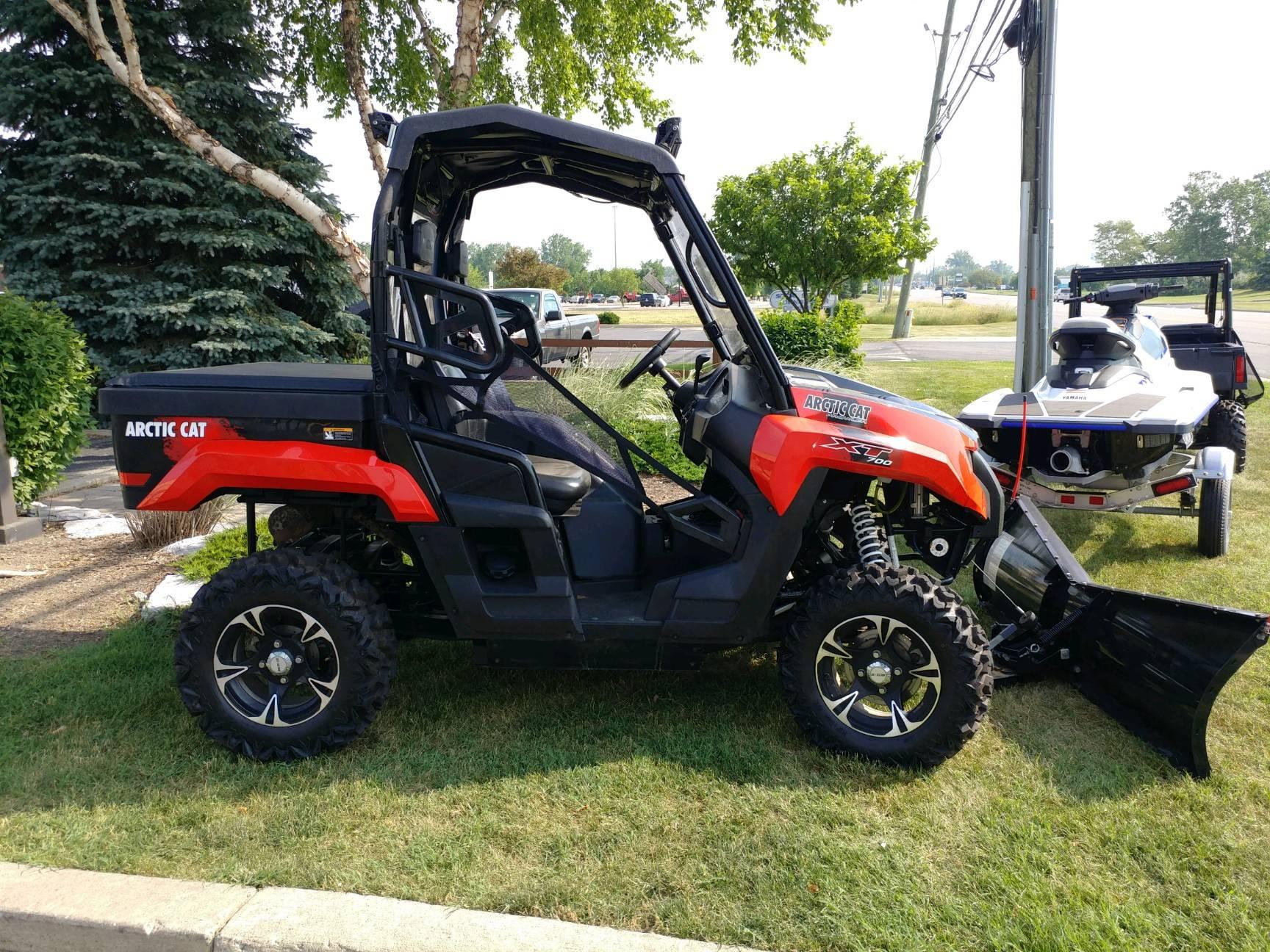 2015 Prowler 700 XT EPS
