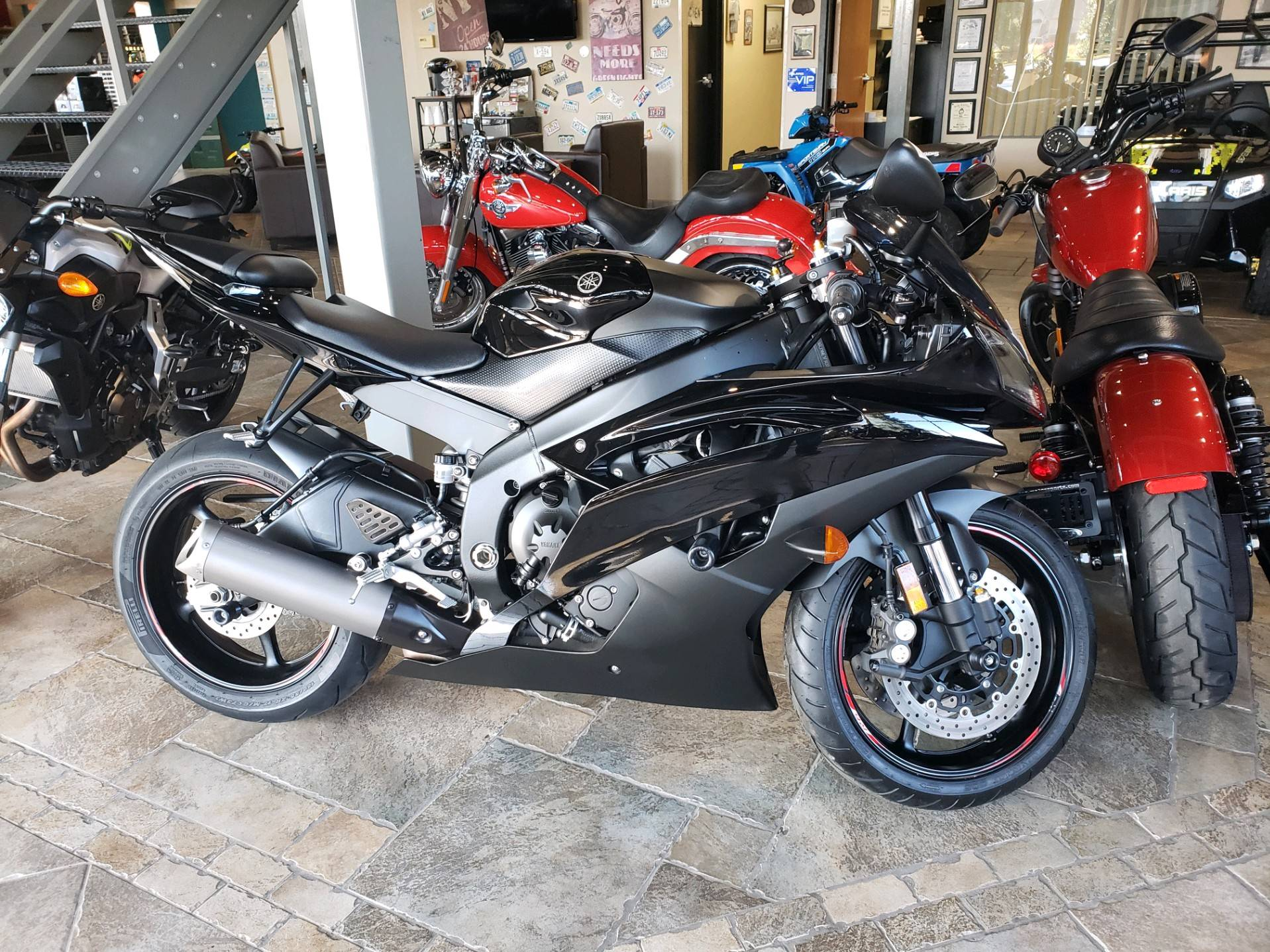 2015 Yamaha YZF-R6 in Monroe, Michigan - Photo 1