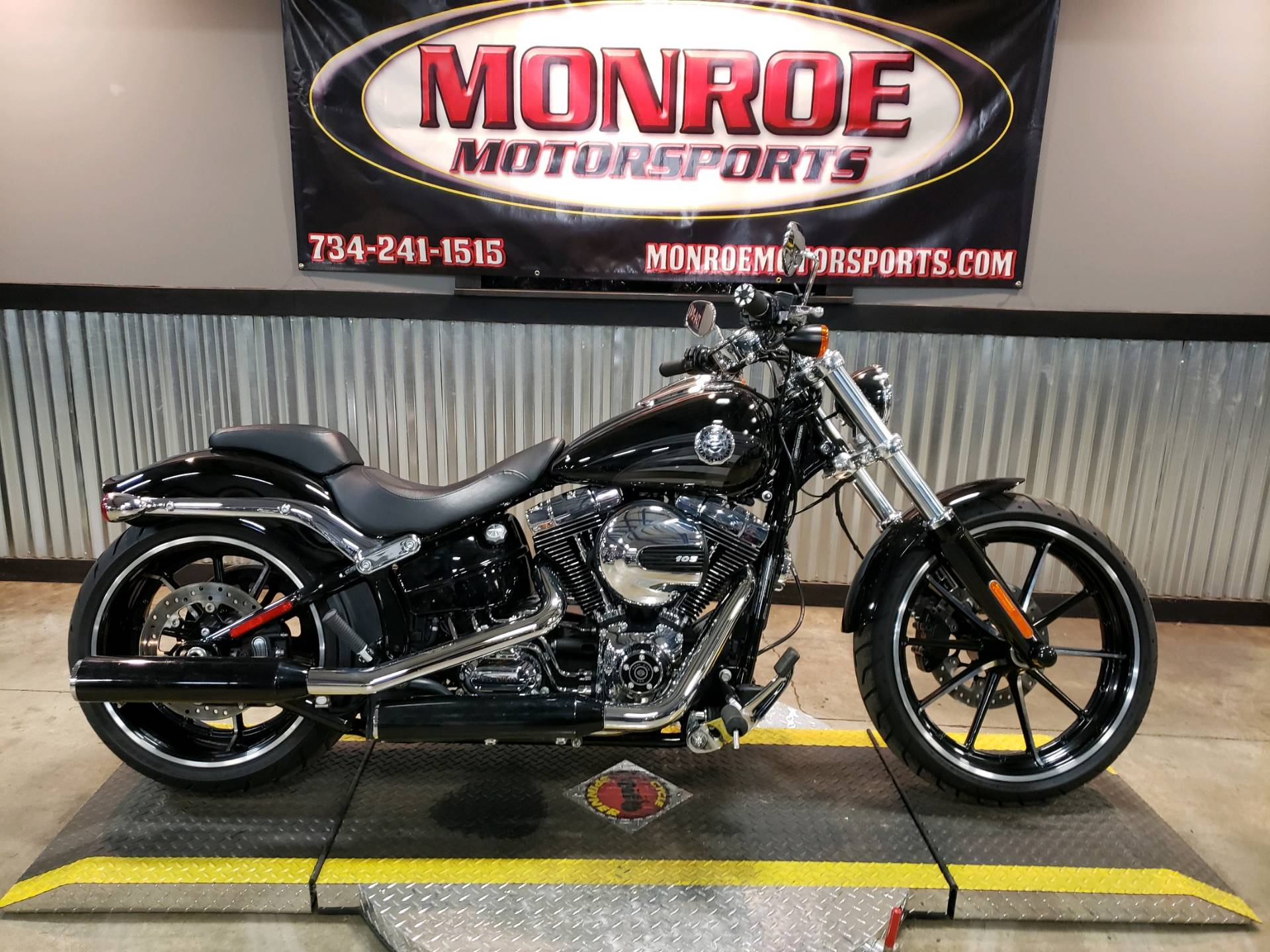 Used Harley Davidson Wheels >> 2016 Harley Davidson Breakout In Monroe Michigan