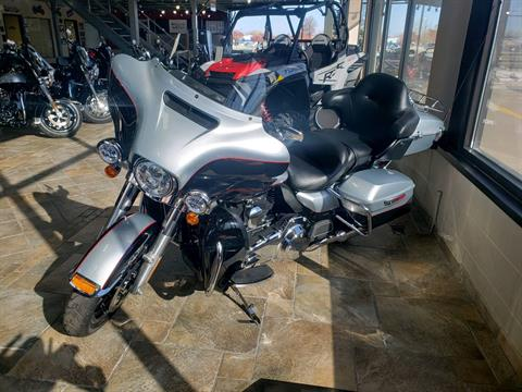 2015 Harley-Davidson Ultra Limited in Monroe, Michigan - Photo 2