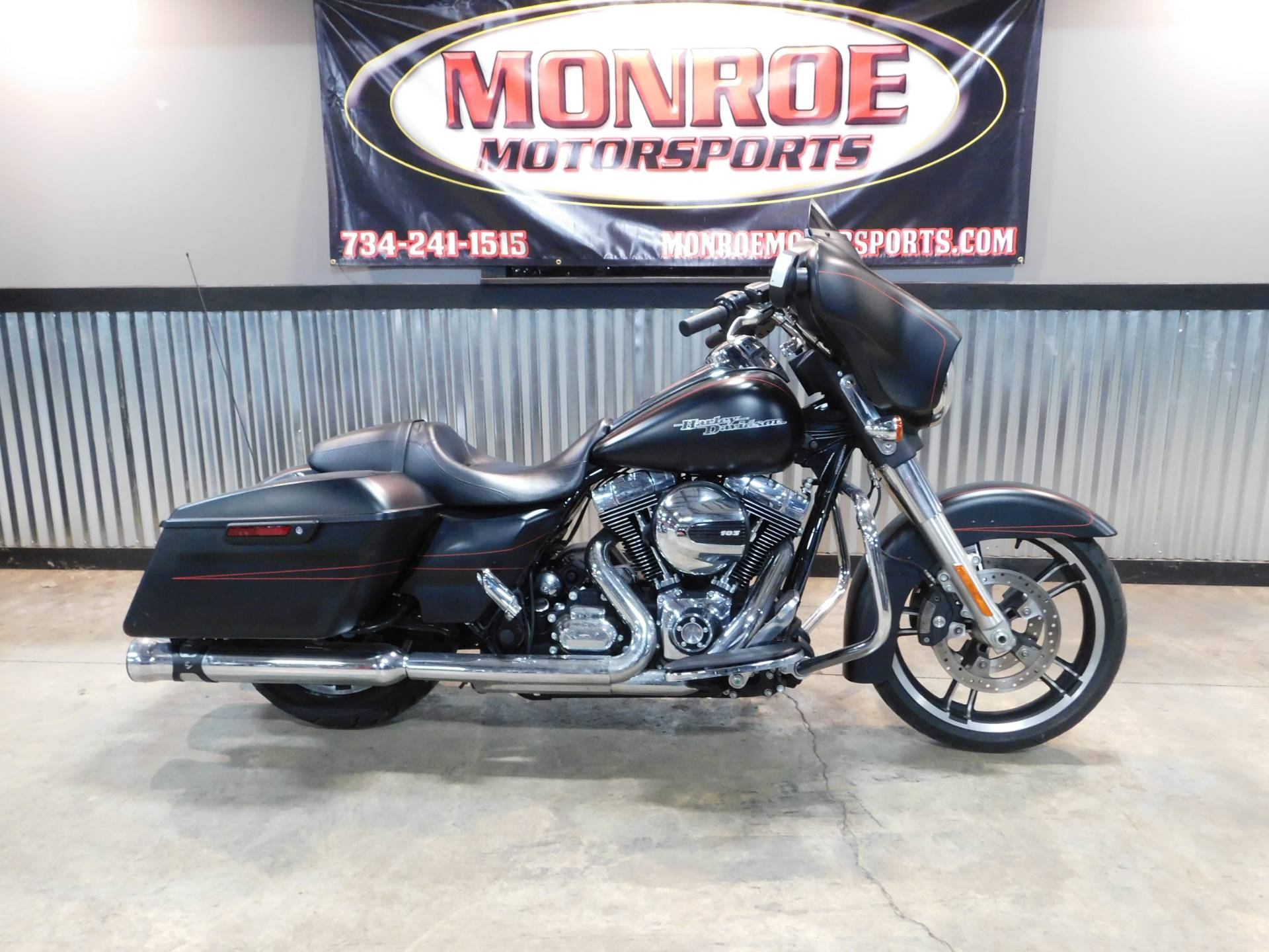 2015 Harley-Davidson Street Glide® Special in Monroe, Michigan