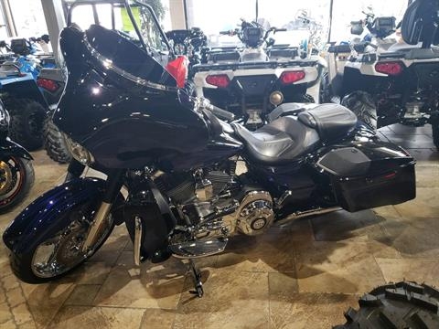 2016 Harley-Davidson CVO™ Street Glide® in Monroe, Michigan - Photo 2