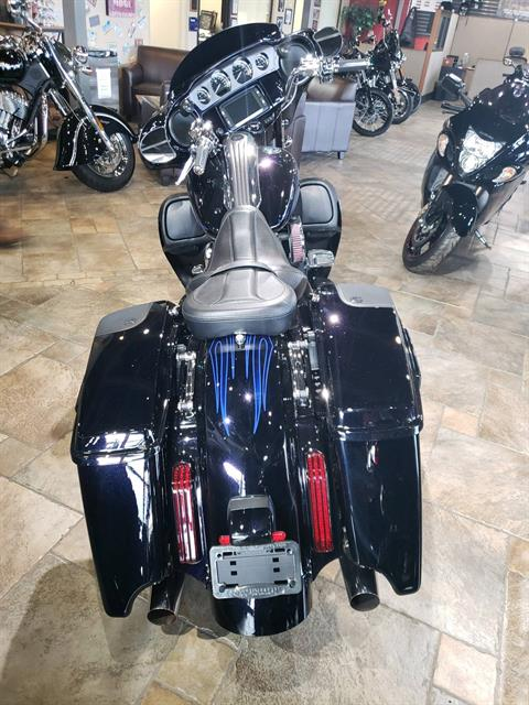 2016 Harley-Davidson CVO™ Street Glide® in Monroe, Michigan - Photo 3