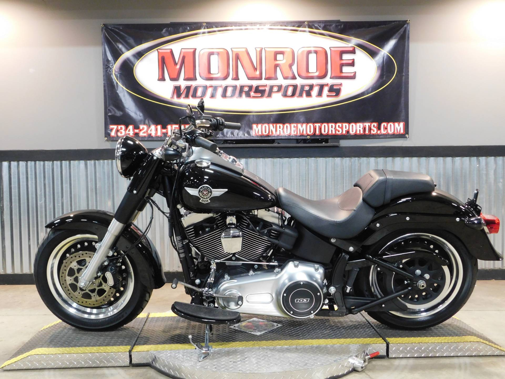 2016 Harley-Davidson Fat Boy® Lo in Monroe, Michigan - Photo 2