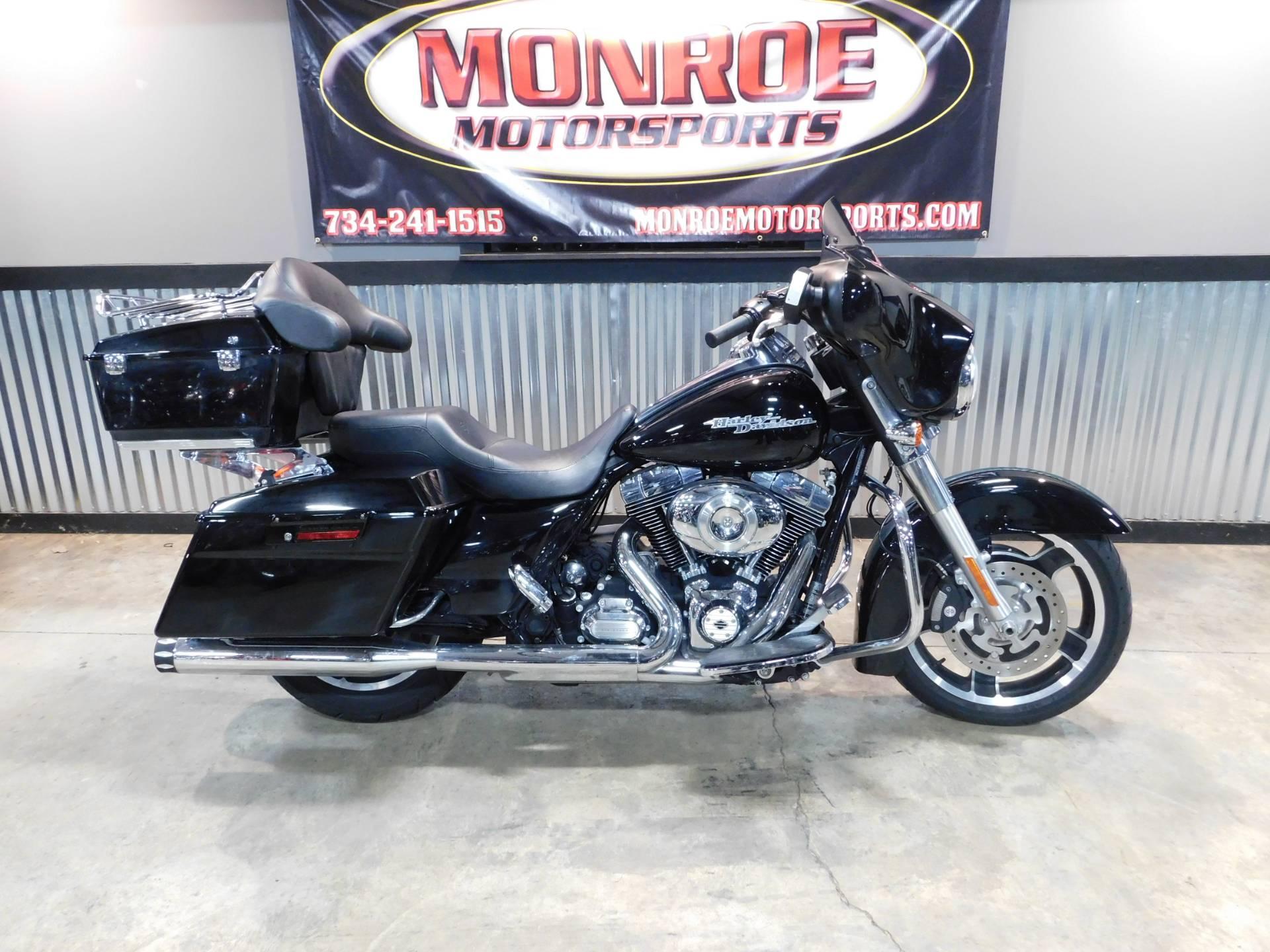 2012 Harley-Davidson Street Glide® Motorcycles Monroe Michigan HD602294
