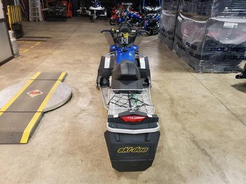 2010 Ski-Doo Summit® Sport in Monroe, Michigan - Photo 4