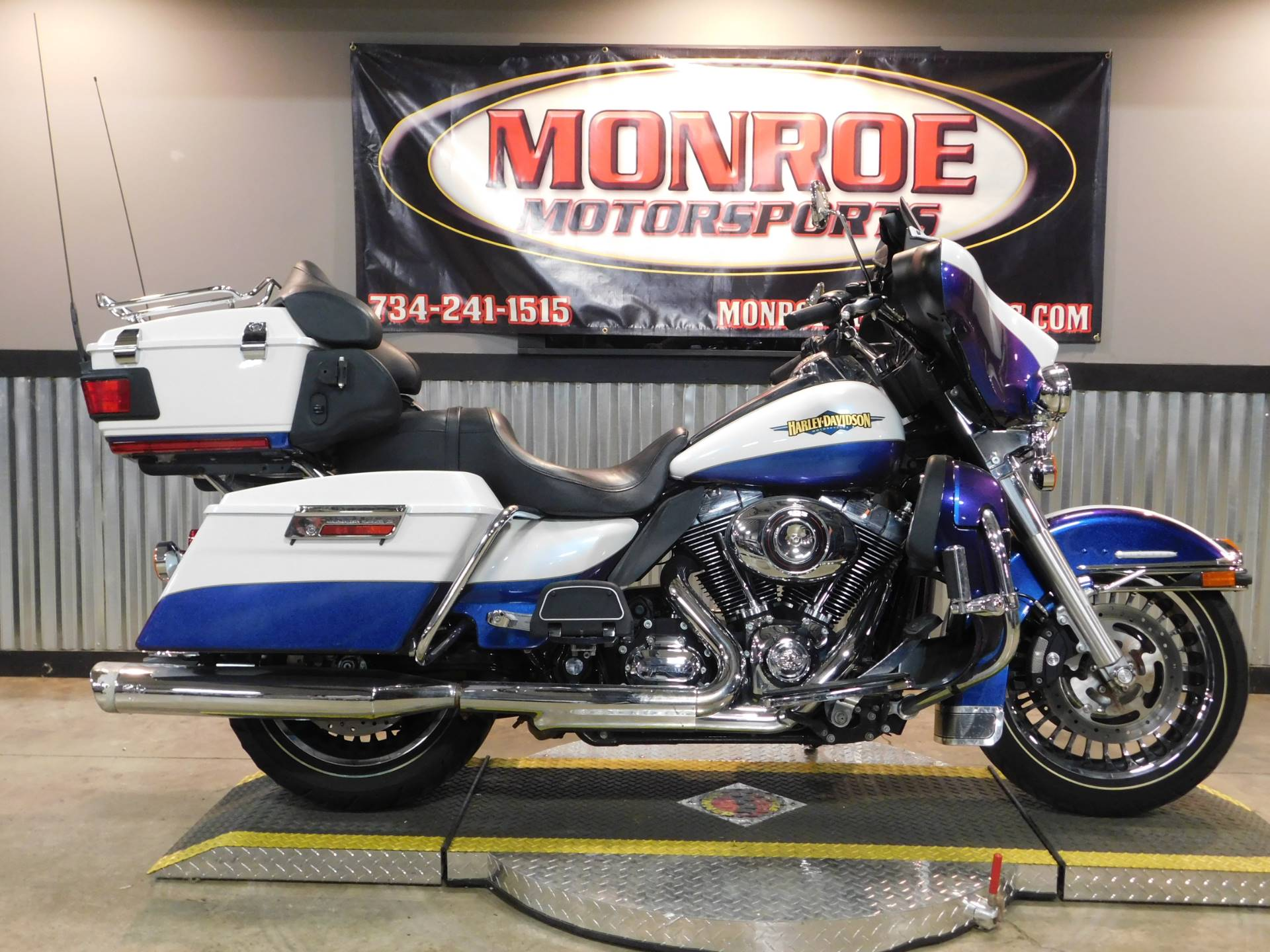 2010 Harley-Davidson Electra Glide® Ultra Limited in Monroe, Michigan - Photo 1