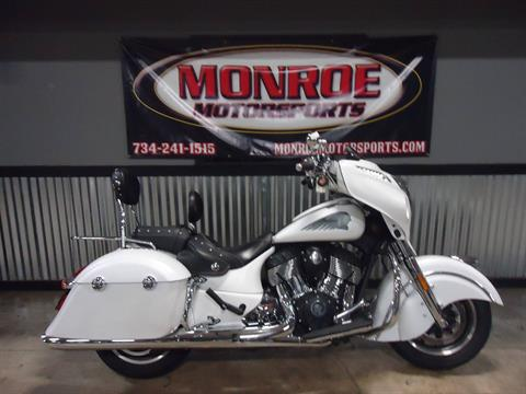 2017 Indian Chieftain® in Monroe, Michigan