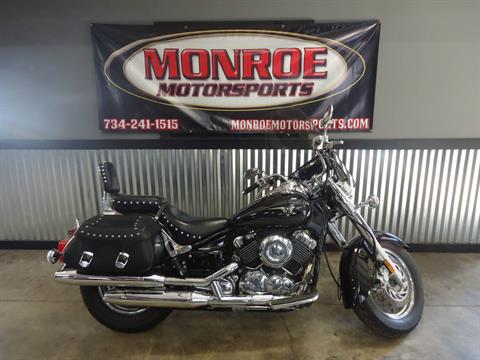 2010 Yamaha V Star 650 Silverado in Monroe, Michigan