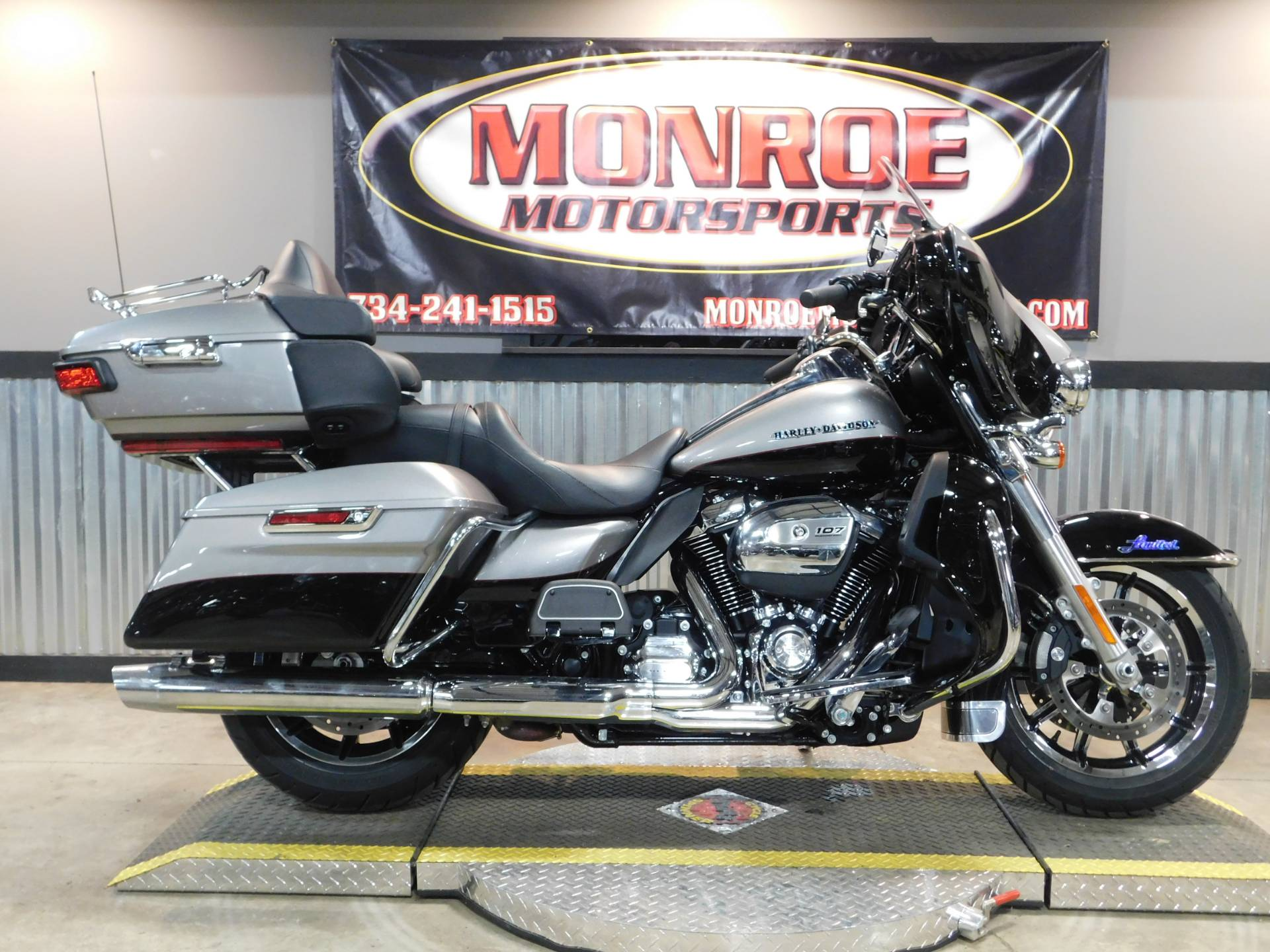 2017 Harley-Davidson Ultra Limited in Monroe, Michigan - Photo 1