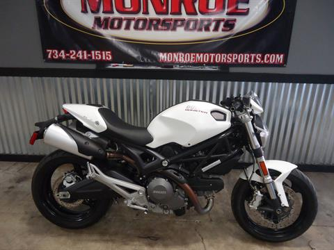 2013 Ducati Monster 696 in Monroe, Michigan