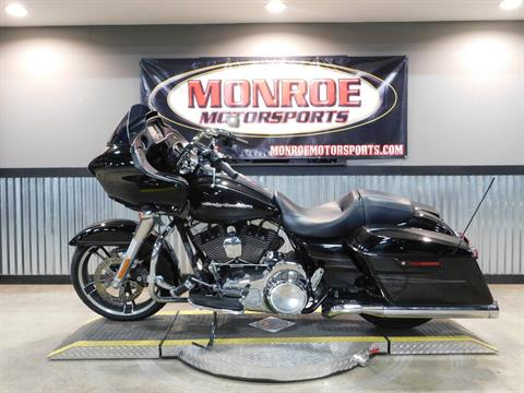 2016 Harley-Davidson Road Glide® in Monroe, Michigan - Photo 2