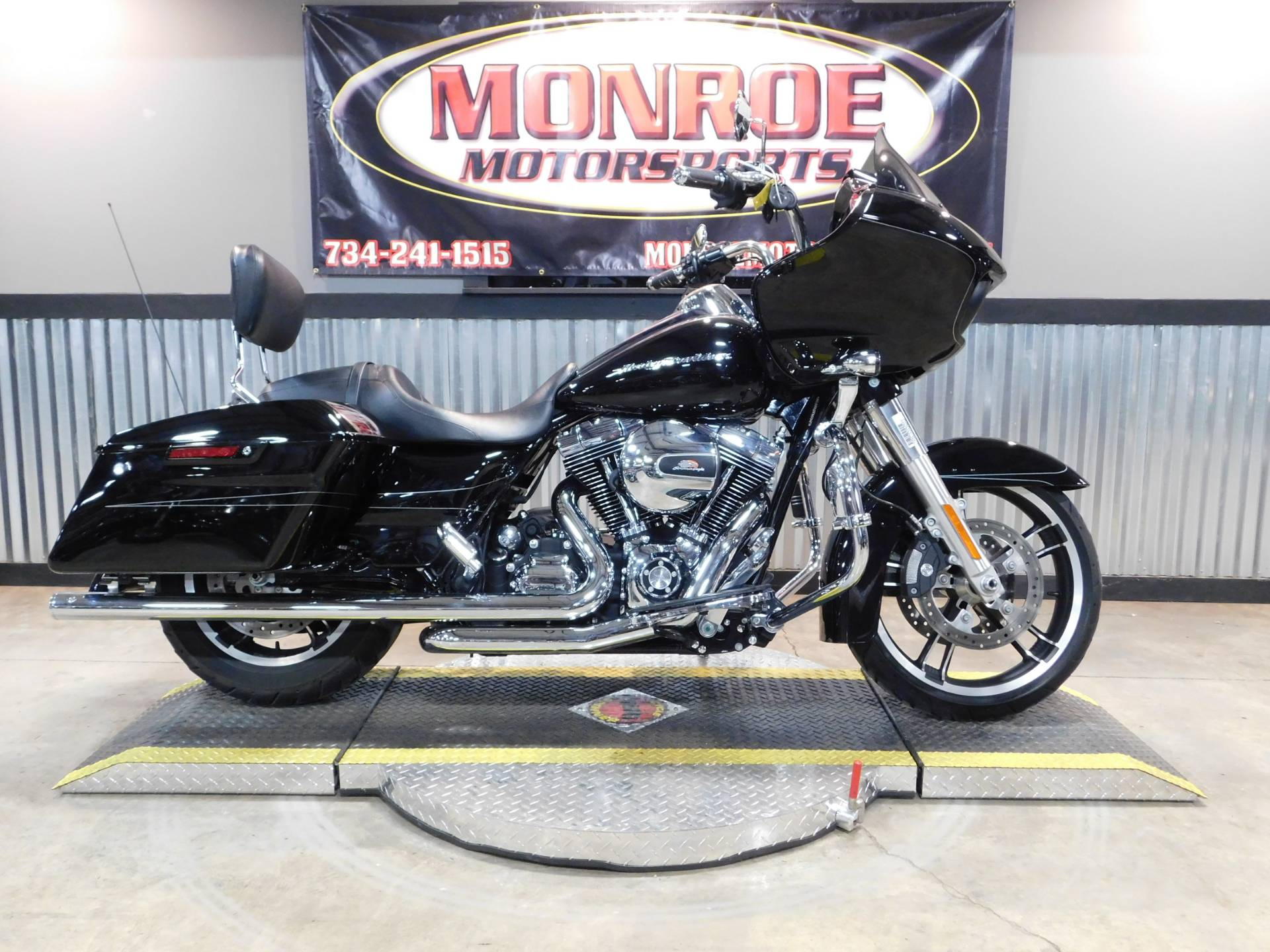 2015 Harley-Davidson Road Glide® Special in Monroe, Michigan - Photo 1