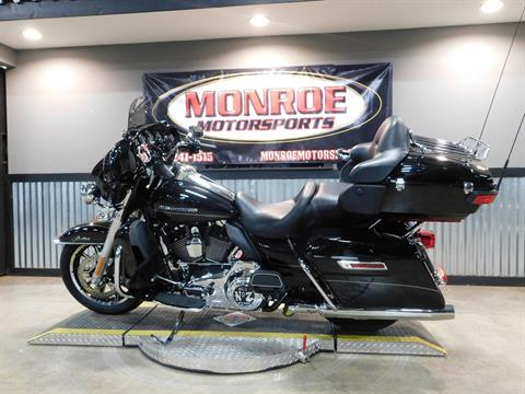 2014 Harley-Davidson Ultra Limited in Monroe, Michigan - Photo 2