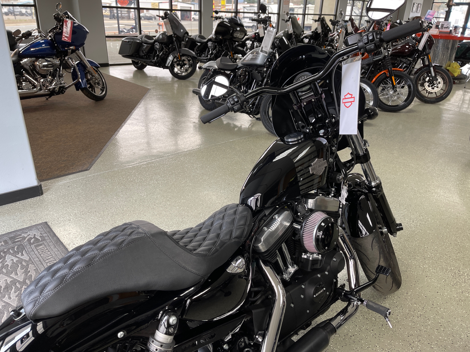 2016 Harley-Davidson Forty-Eight® in Ukiah, California - Photo 2