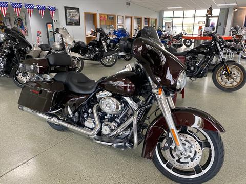 2011 Harley-Davidson Street Glide® in Ukiah, California - Photo 1