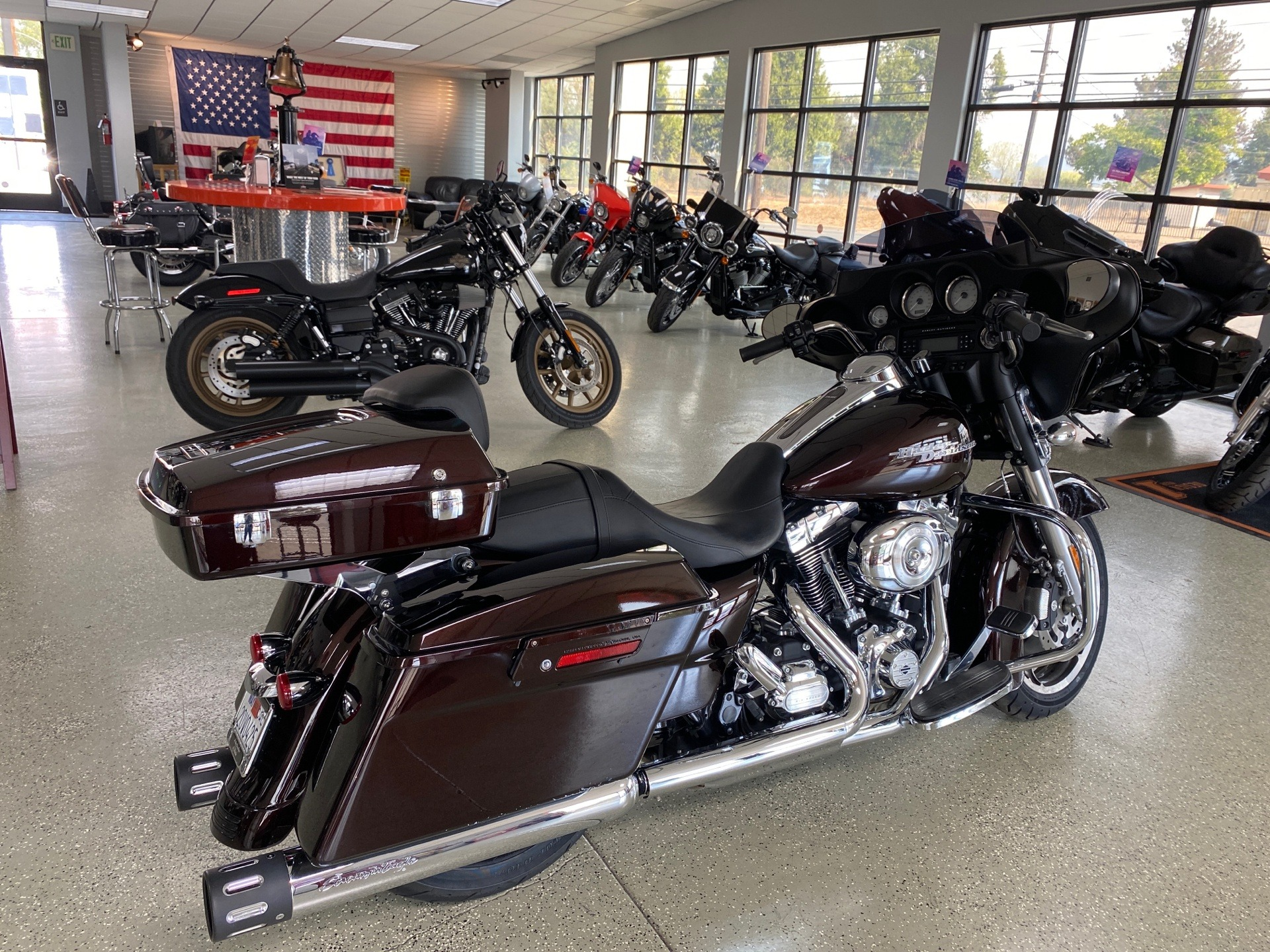 2011 Harley-Davidson Street Glide® in Ukiah, California - Photo 4