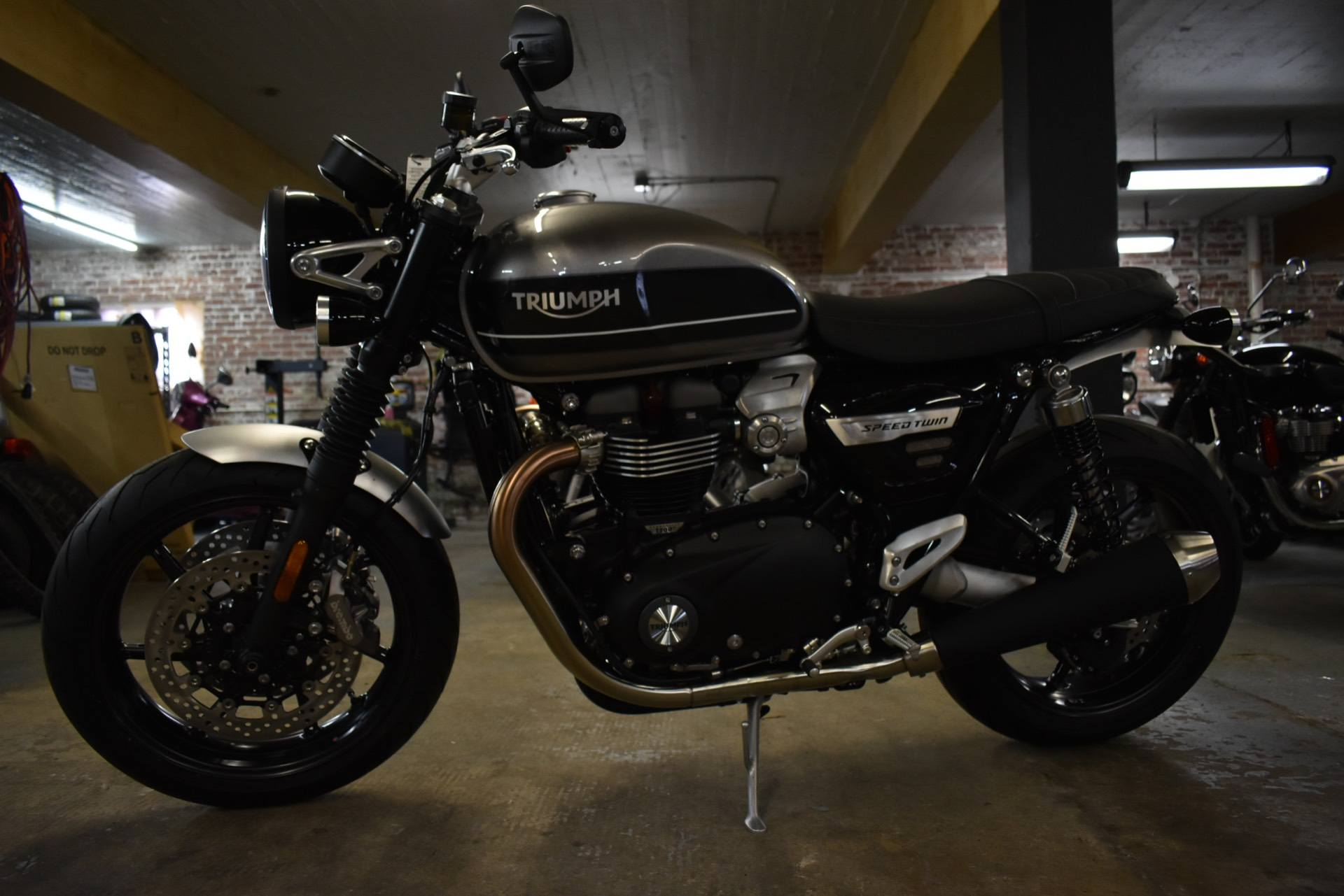 2019 Triumph Bonneville Speed Twin in Greensboro, North Carolina - Photo 2