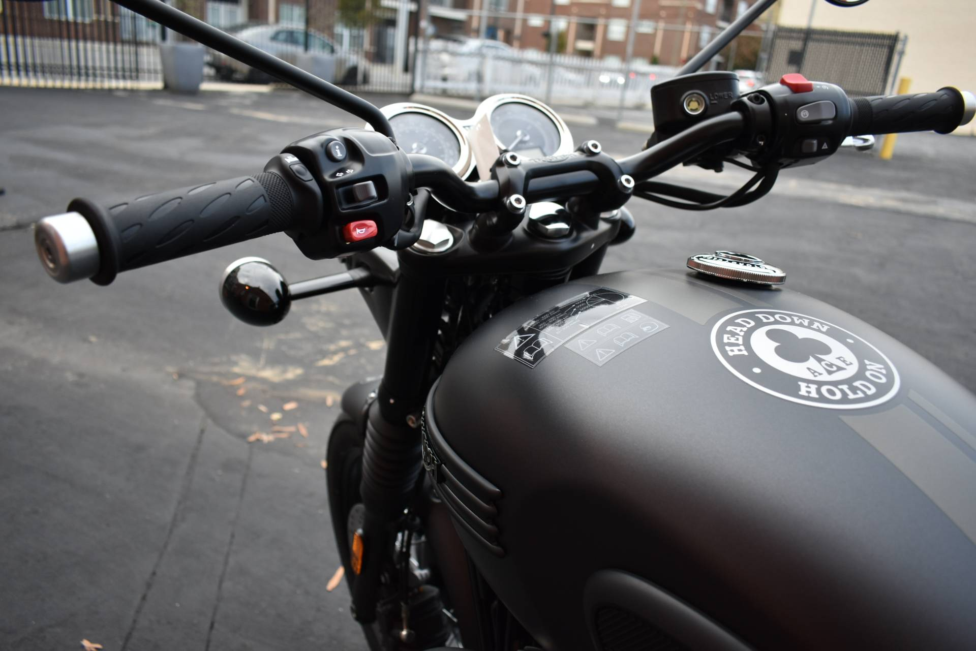2020 Triumph Bonneville T120 ACE in Greensboro, North Carolina - Photo 5