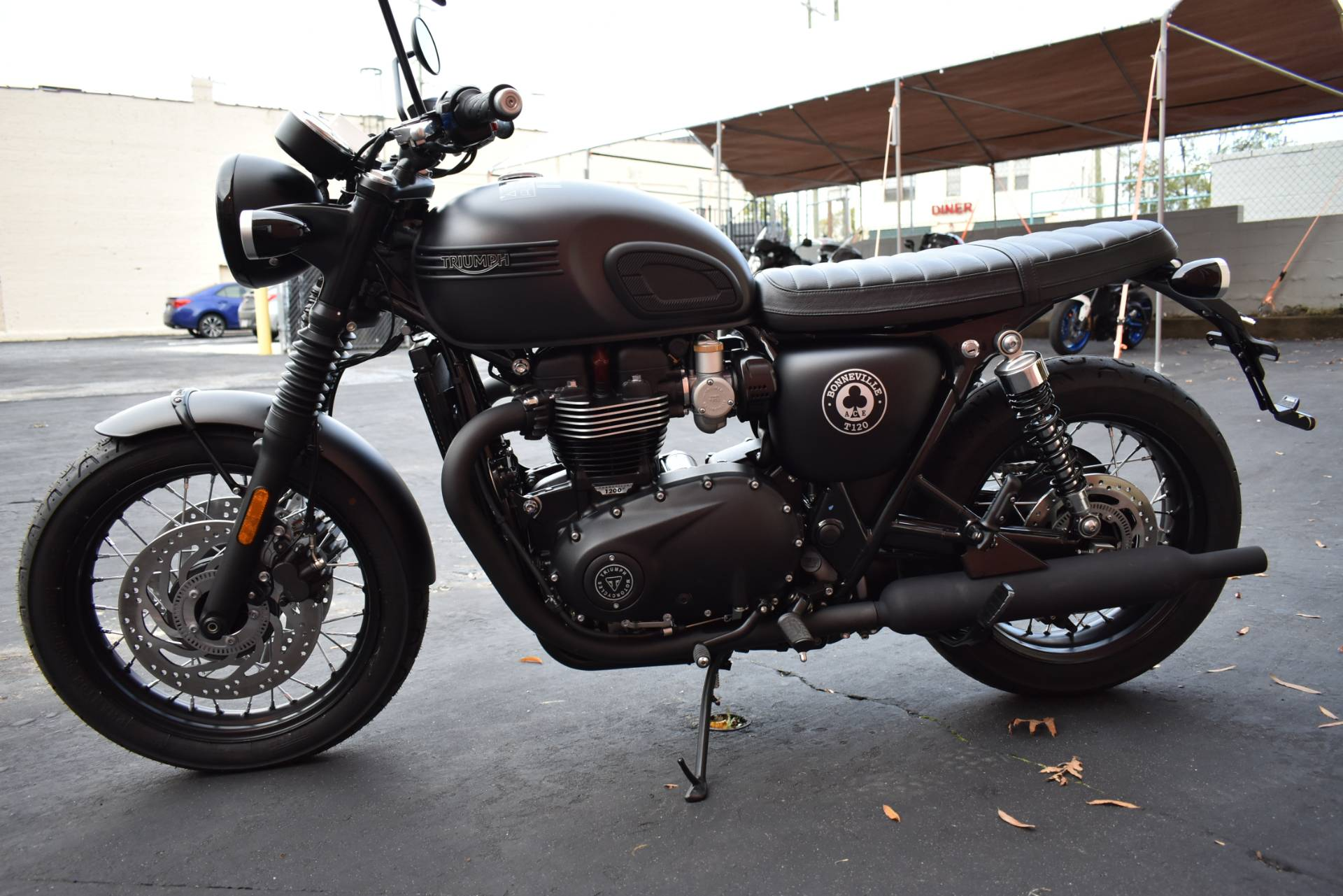 2020 Triumph Bonneville T120 ACE in Greensboro, North Carolina - Photo 2