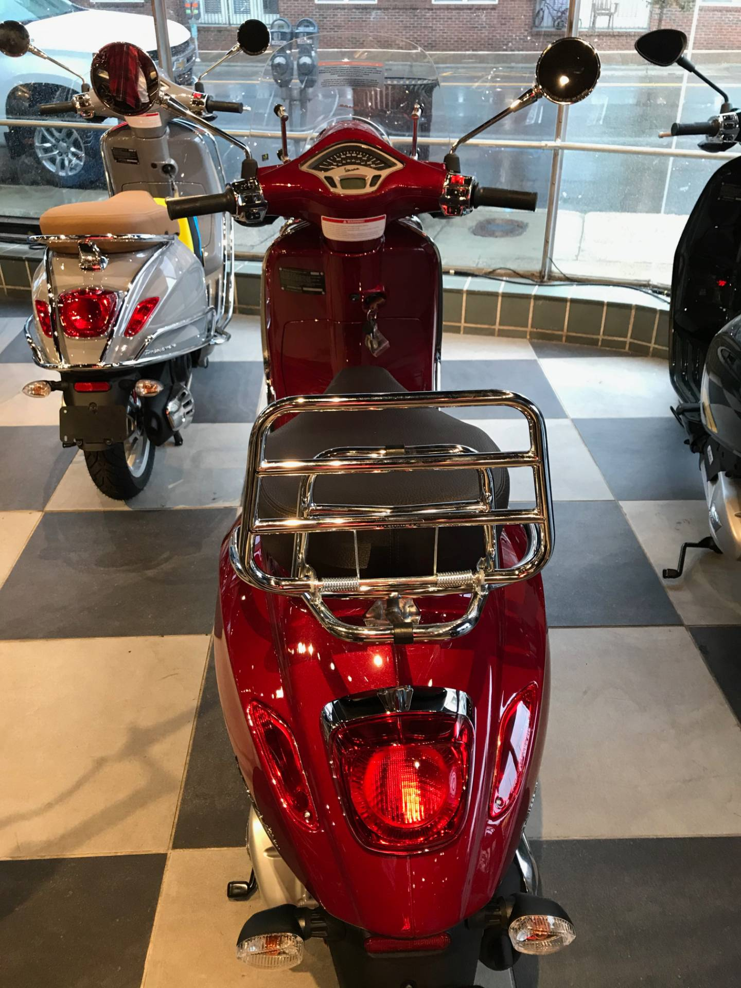 2020 Vespa Primavera 150 Touring in Greensboro, North Carolina - Photo 3