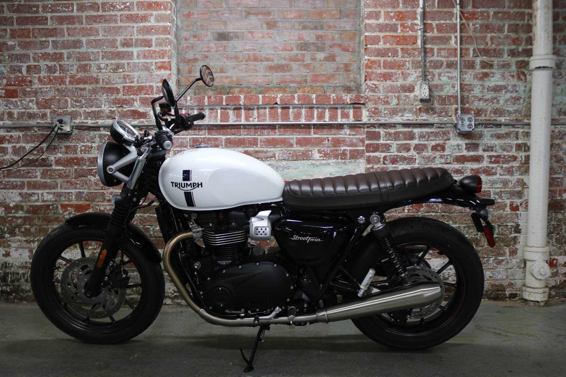 2018 Triumph Street Twin in Greensboro, North Carolina - Photo 1