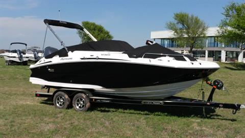 2016 Hurricane SunDeck 2200 OB in Lewisville, Texas