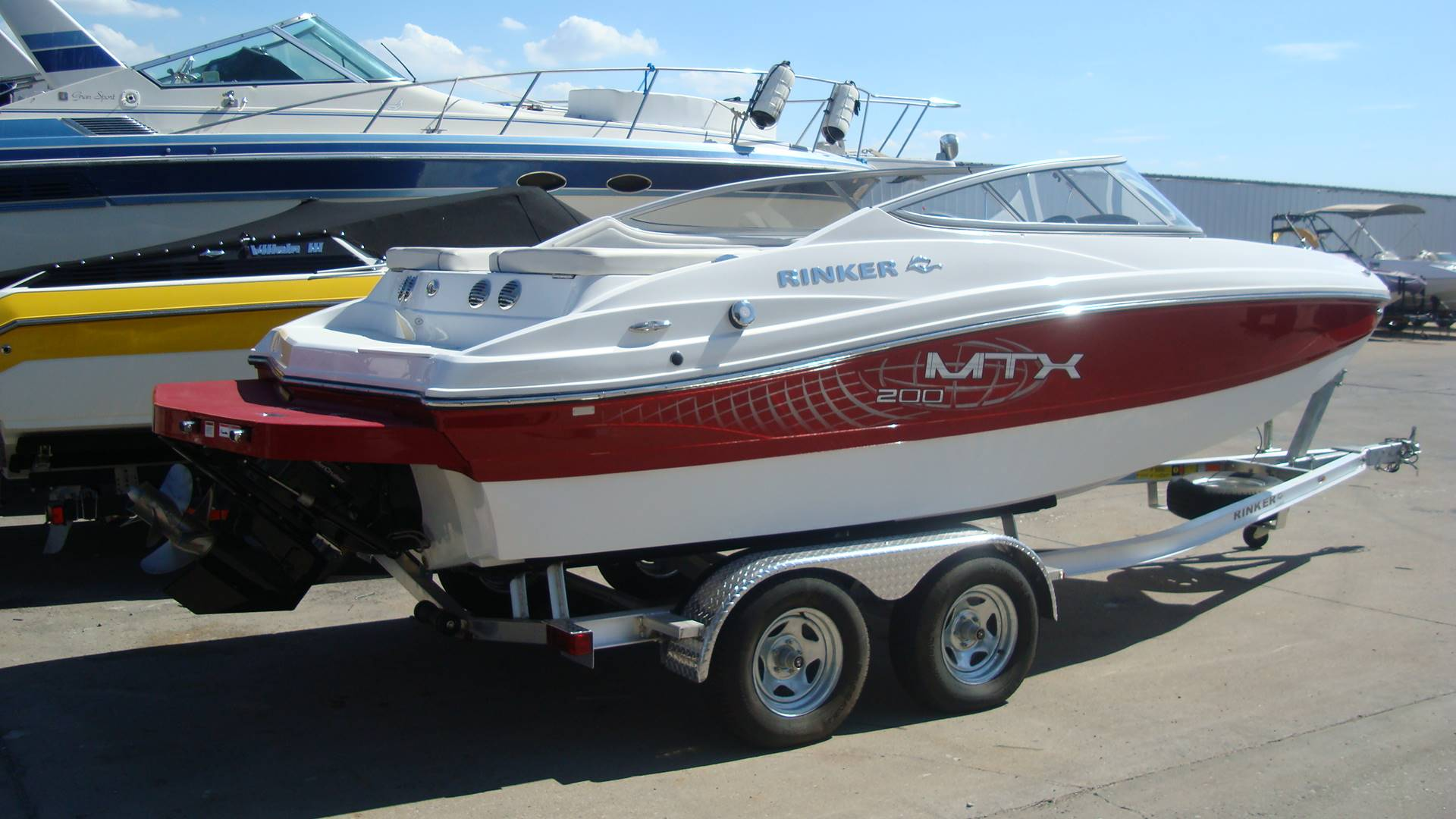 2015 Rinker Captiva 200 MTX in Lewisville, Texas - Photo 2