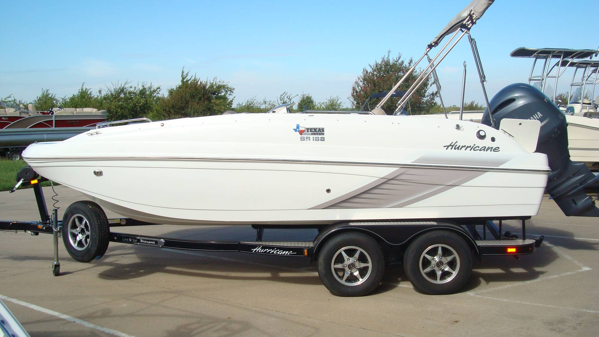 2016 Hurricane SunDeck Sport 188 OB in Lewisville, Texas - Photo 14