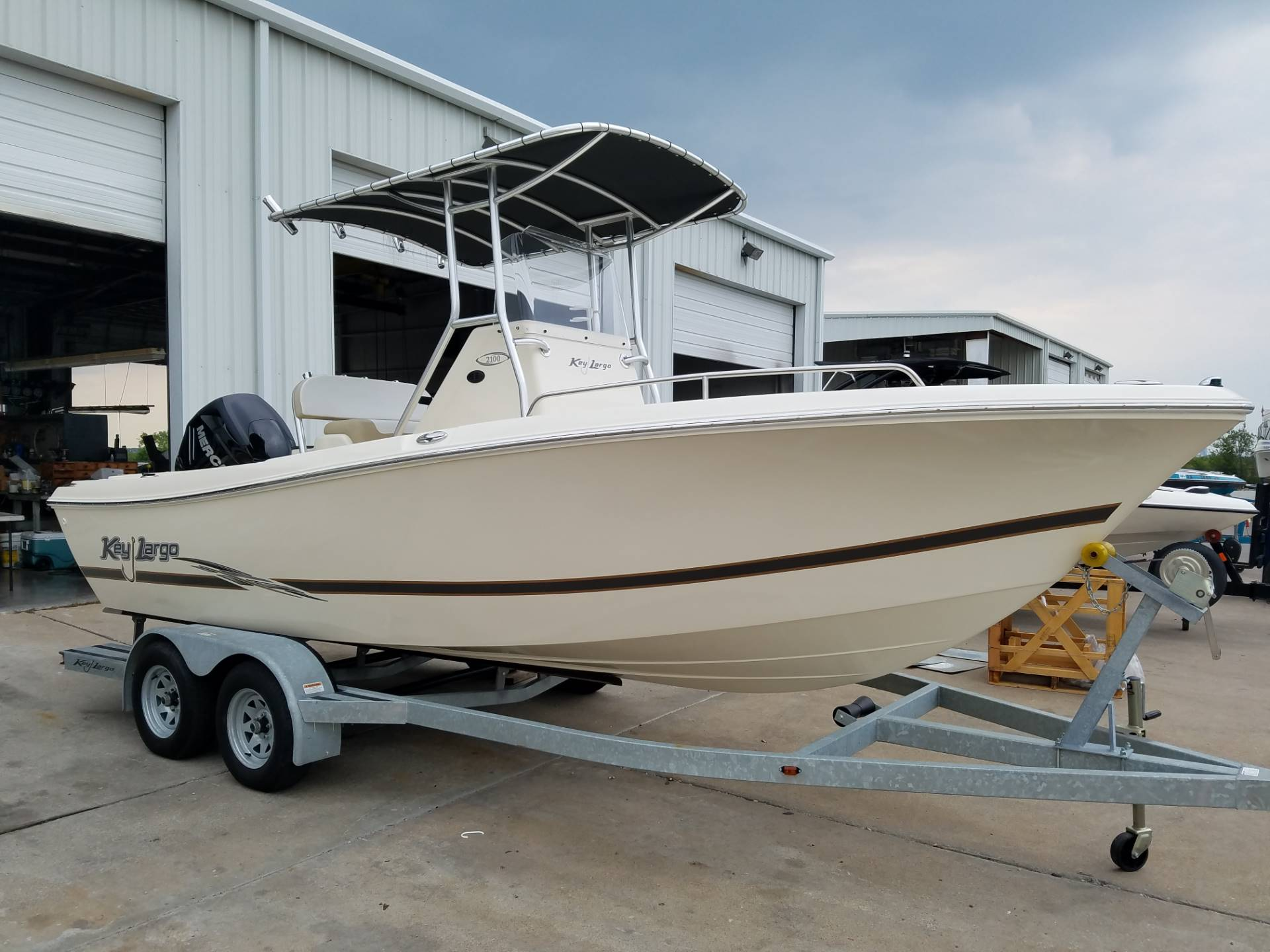 2016 Key Largo 2100WI in Lewisville, Texas - Photo 1