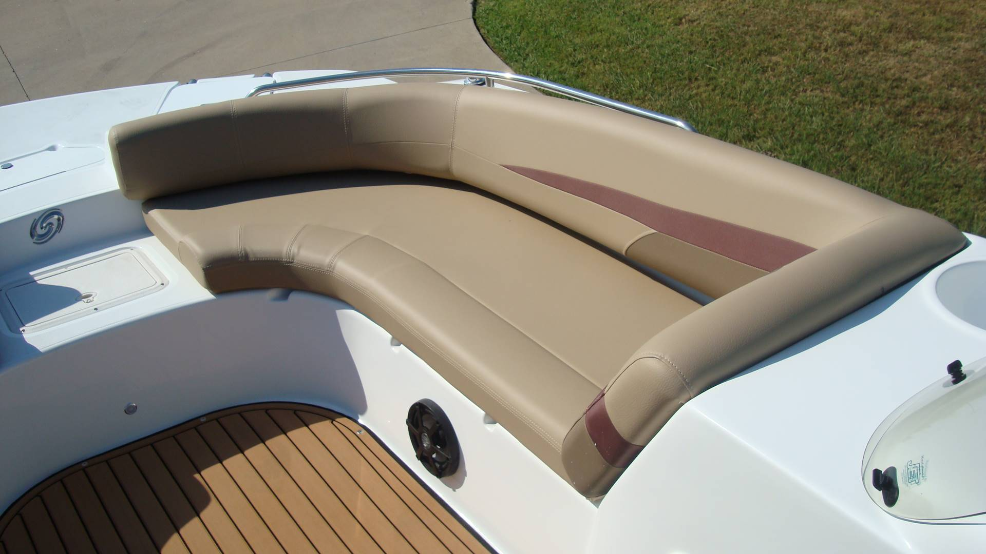 2018 Hurricane SunDeck Sport 201 OB in Lewisville, Texas - Photo 17
