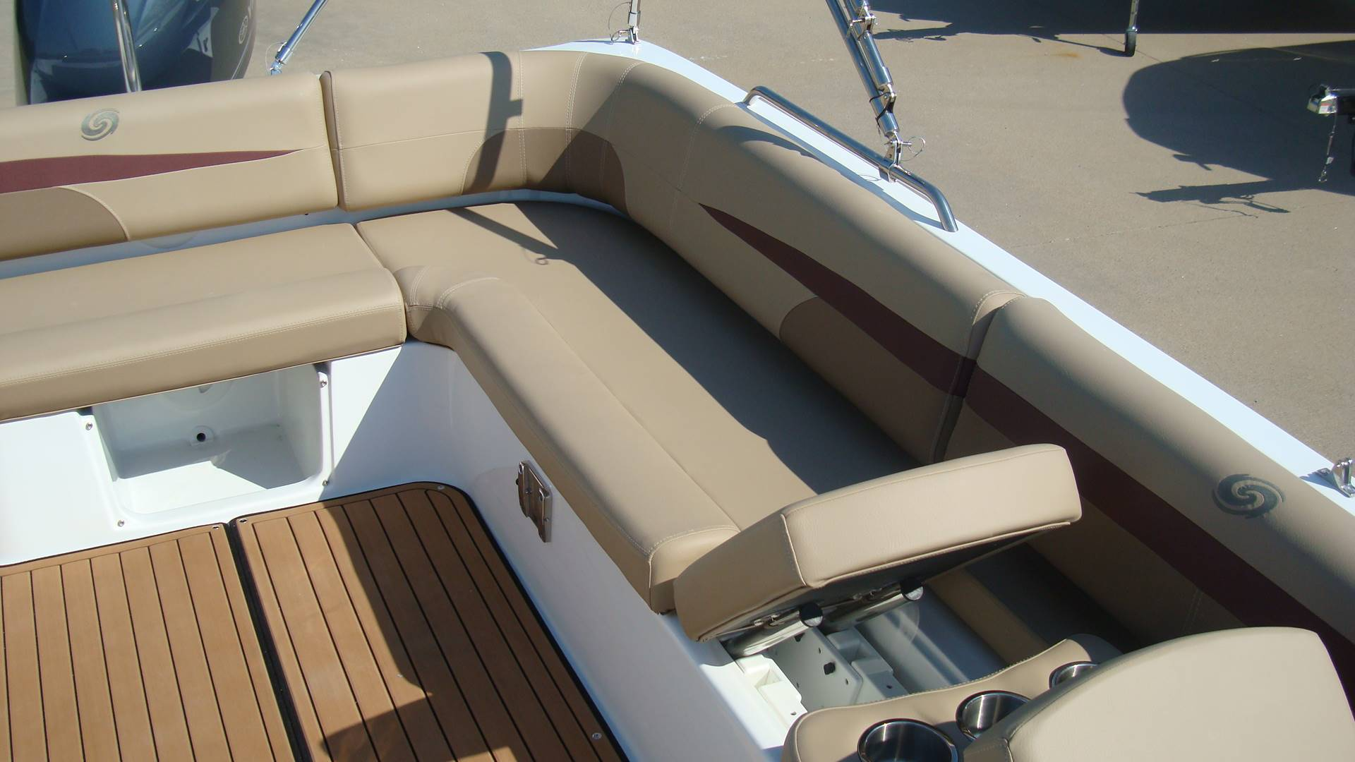2018 Hurricane SunDeck Sport 201 OB in Lewisville, Texas - Photo 22
