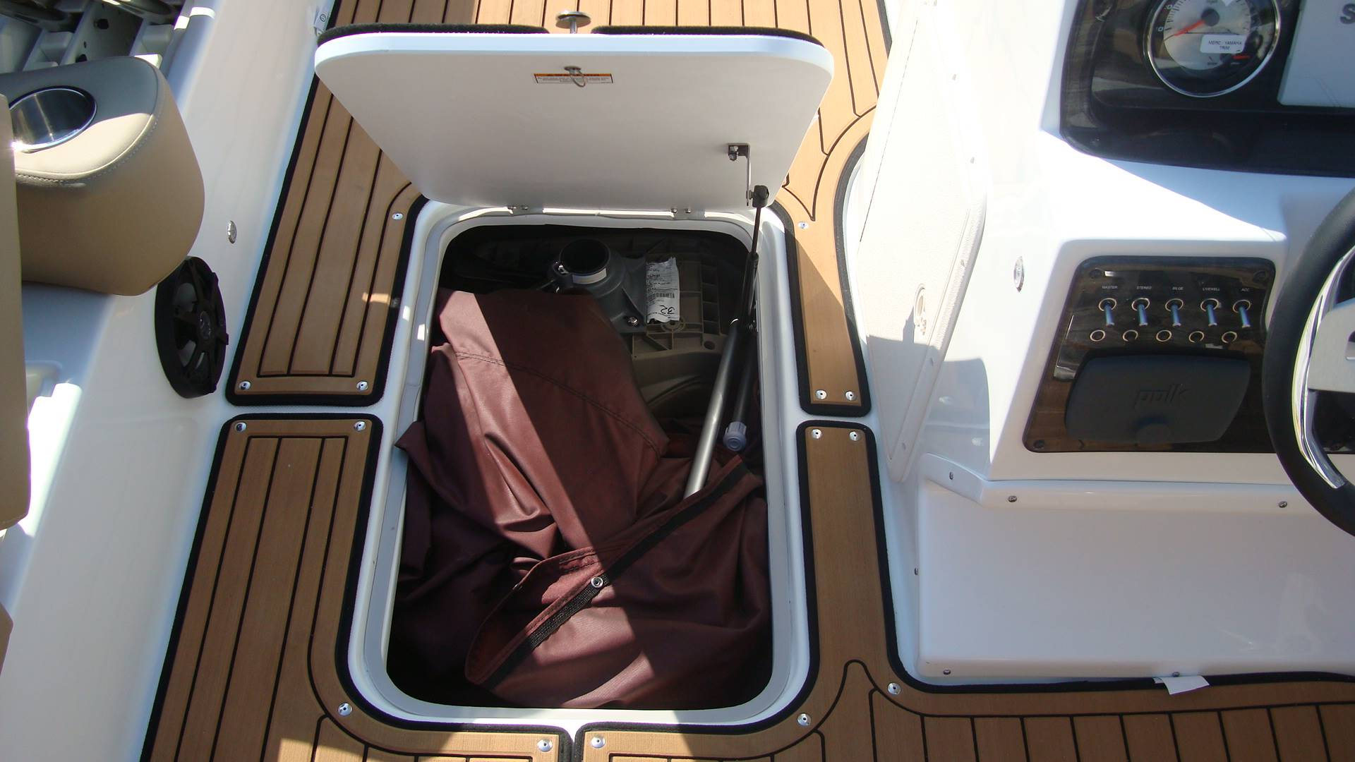 2018 Hurricane SunDeck Sport 201 OB in Lewisville, Texas - Photo 32