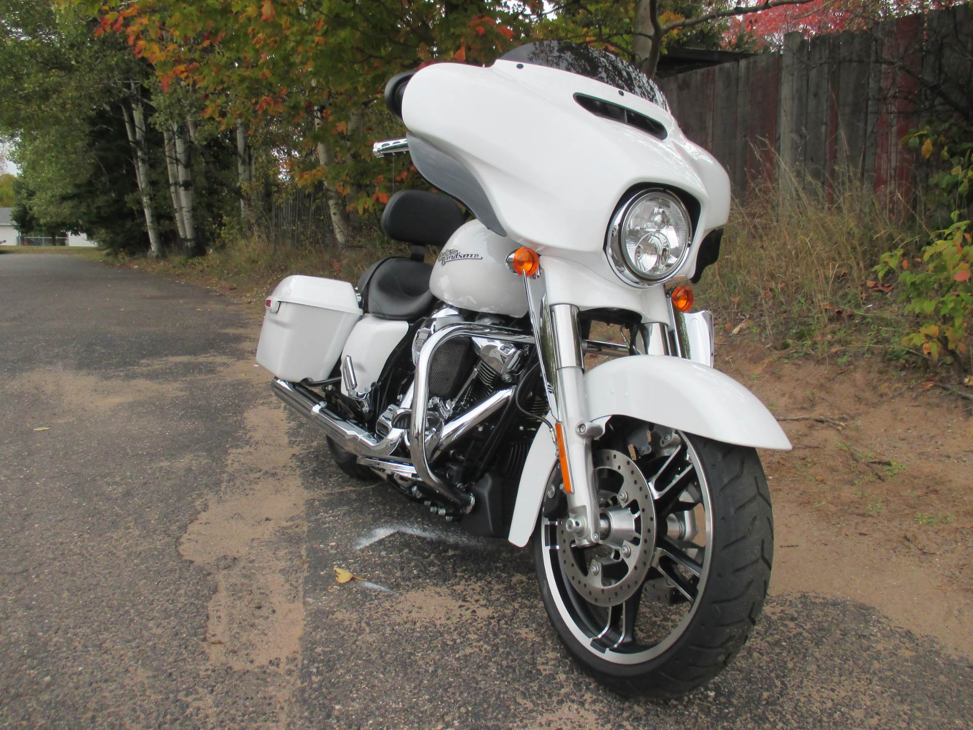 2017 Harley-Davidson STREET GLIDE SPECIAL in Marquette, Michigan