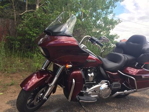 2017 Harley-Davidson ROAD GLIDE ULTRA in Marquette, Michigan