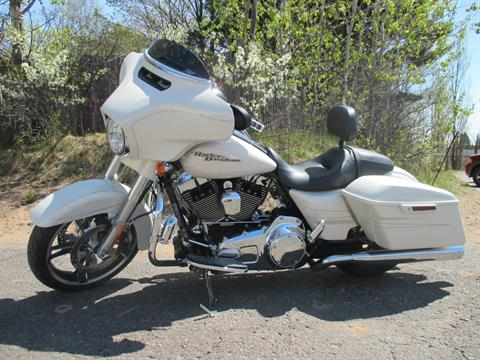 2014 Harley-Davidson Street Glide® Special in Marquette, Michigan