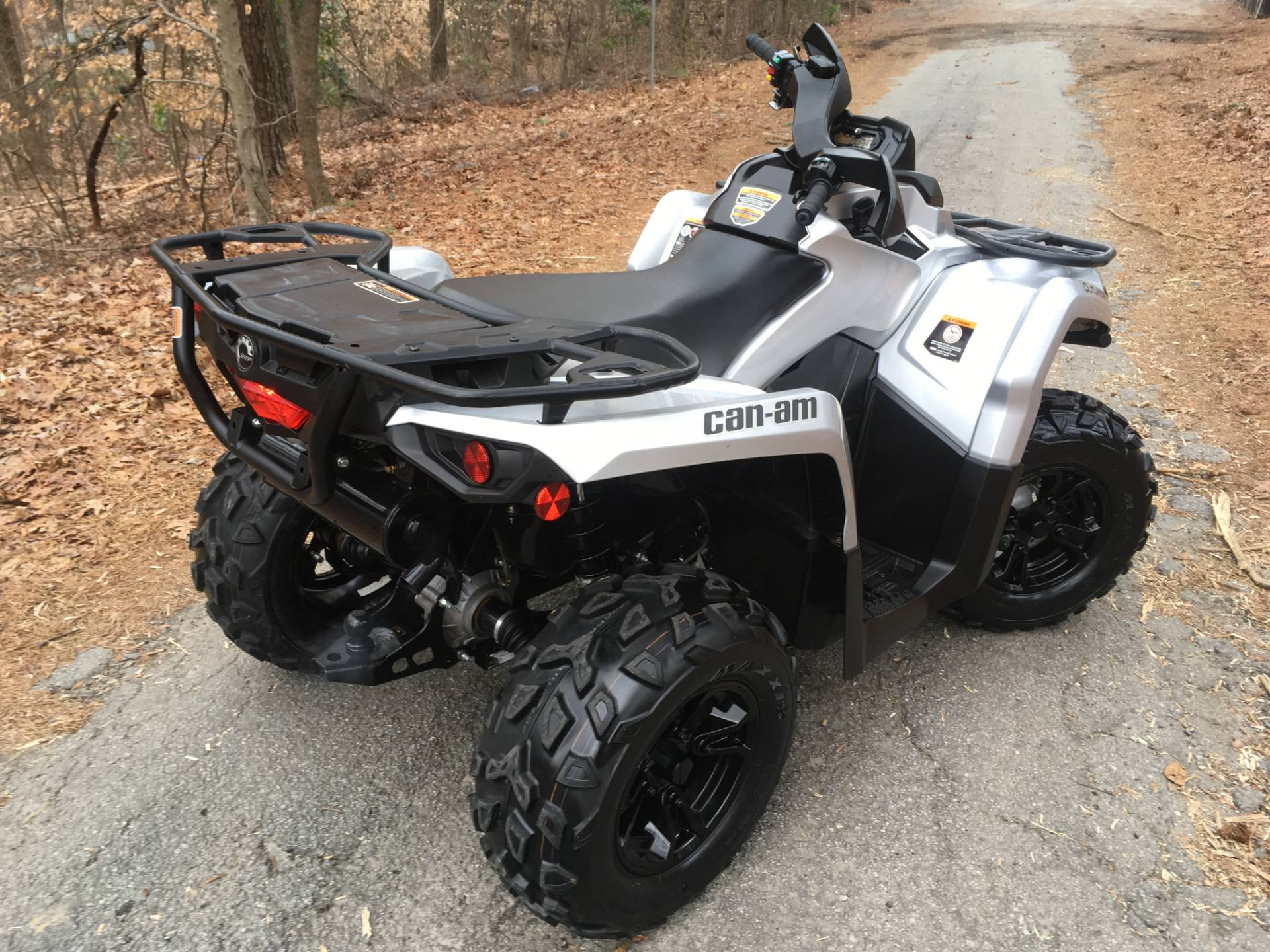 2019 CAN-AM OUTLANDER XT 570 in Woodstock, Georgia - Photo 4