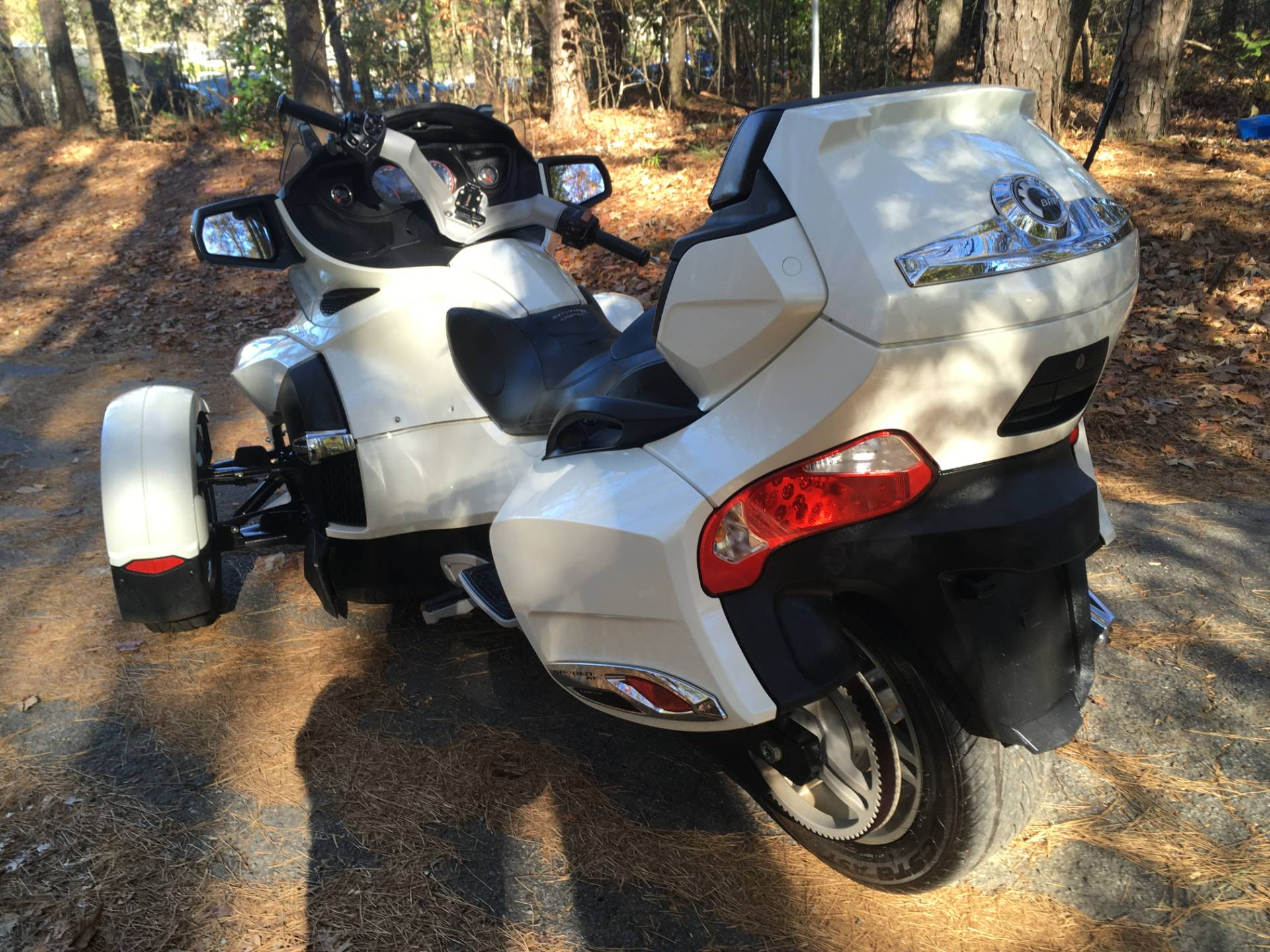 2012 CAN-AM SPYDER RT SE5 LIMITED in Woodstock, Georgia - Photo 3