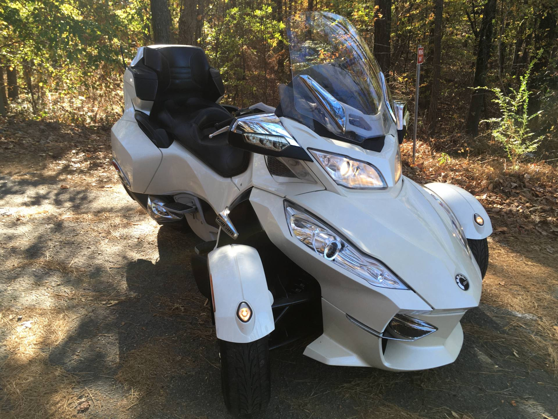 2012 CAN-AM SPYDER RT SE5 LIMITED in Woodstock, Georgia - Photo 5