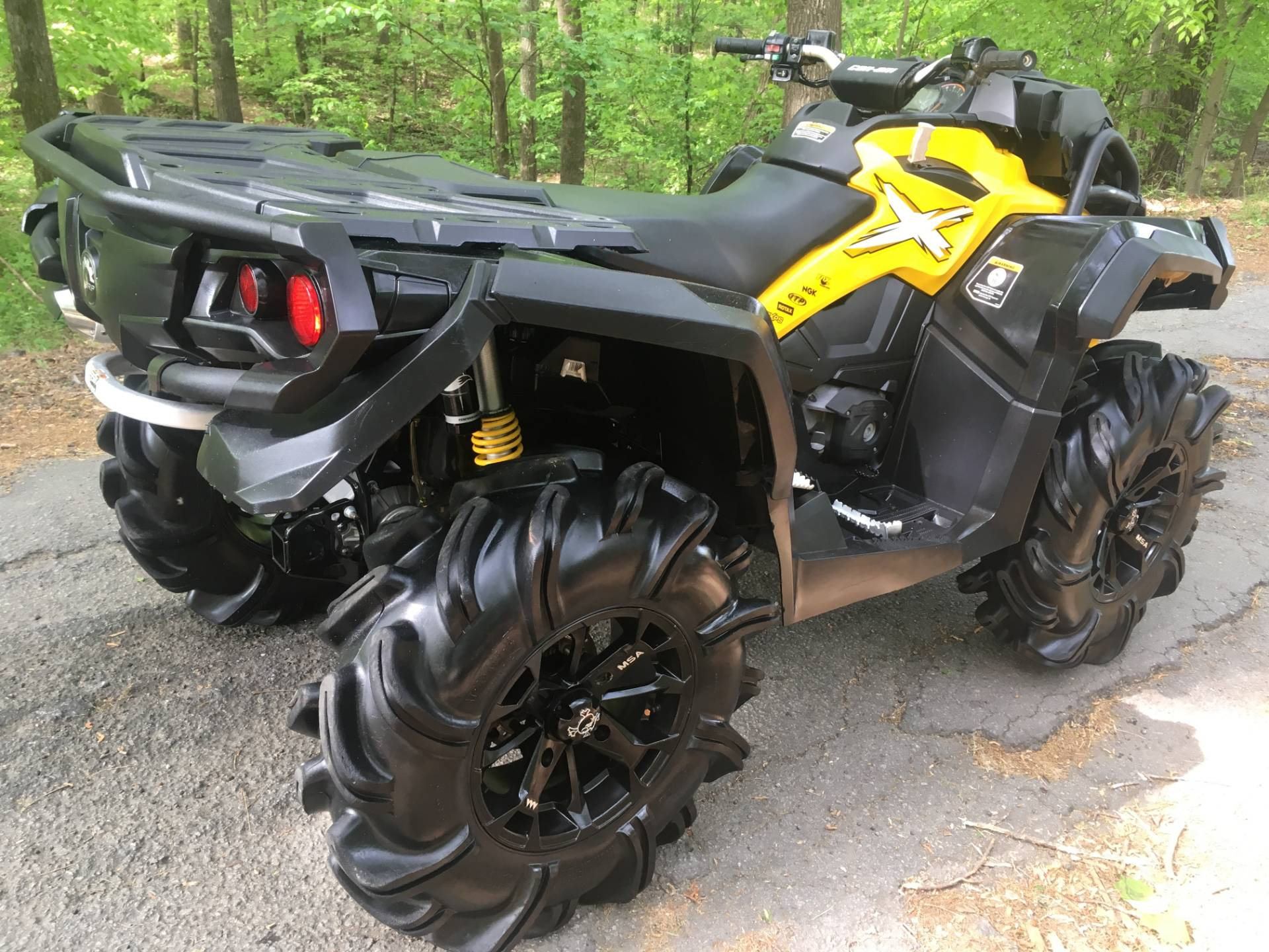 2015 Can-Am Outlander™ X® mr 1000 in Woodstock, Georgia - Photo 2