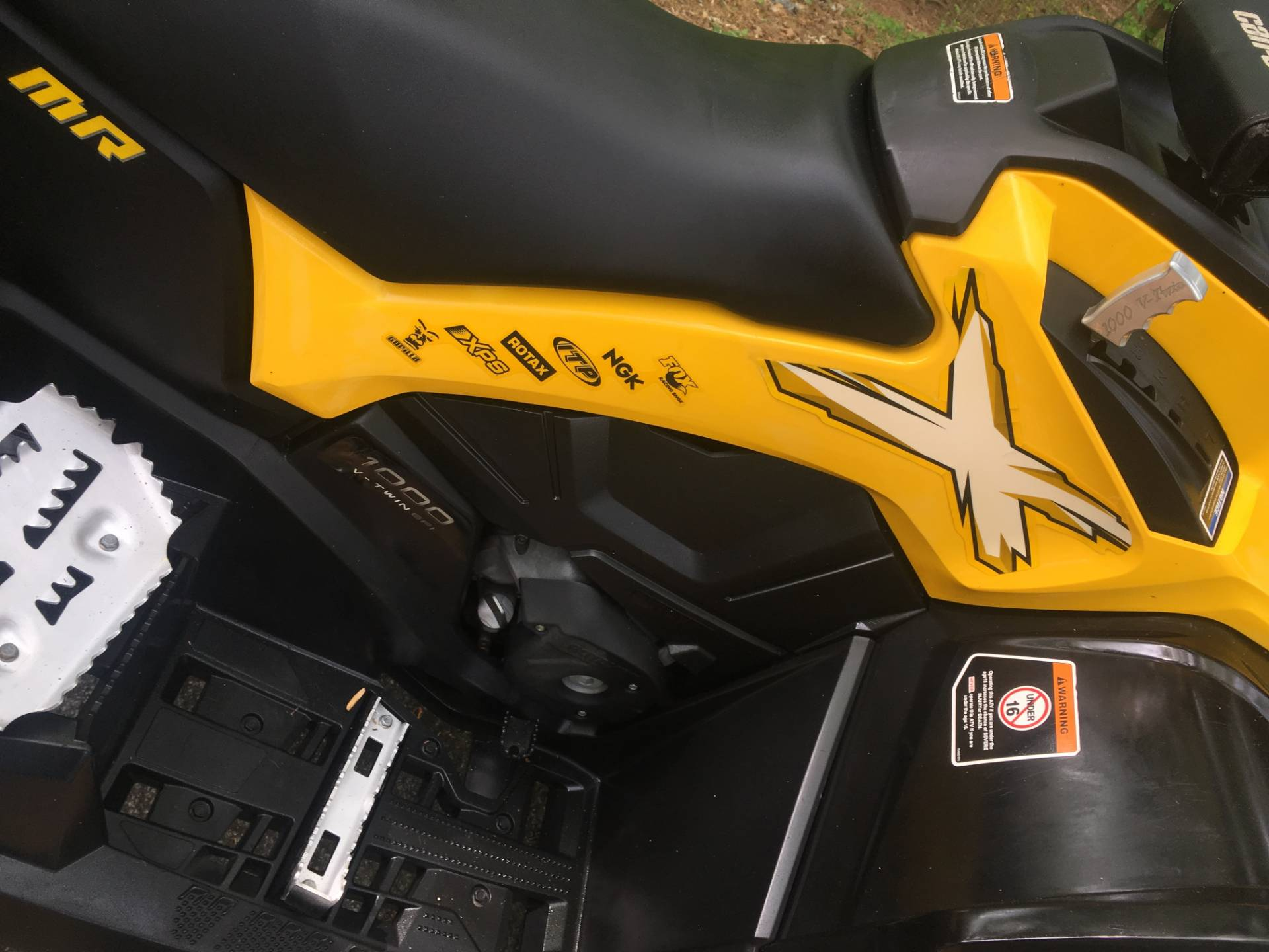 2015 Can-Am Outlander™ X® mr 1000 in Woodstock, Georgia - Photo 9