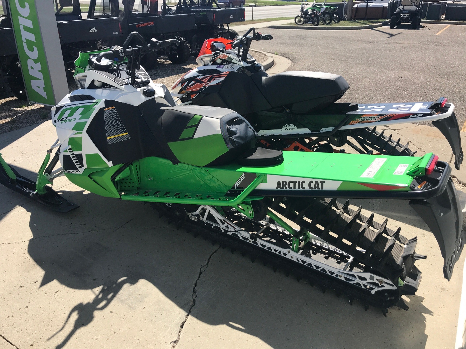 2017 Arctic Cat M 8000 Sno Pro 162 in Bismarck, North Dakota - Photo 3