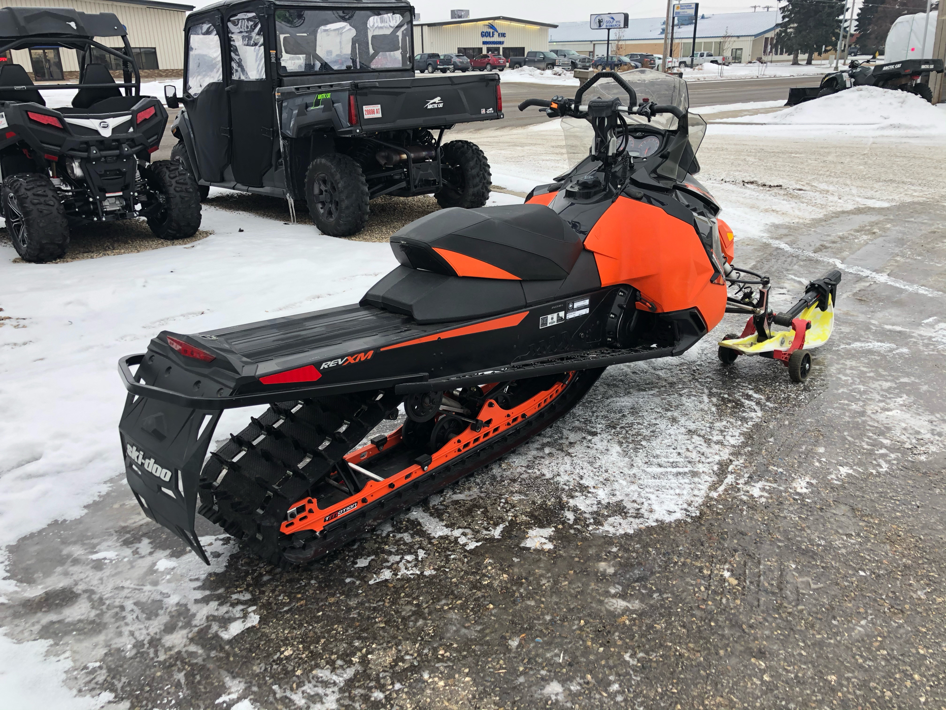 2016 Ski-Doo Renegade Backcountry 800R E-TEC in Bismarck, North Dakota - Photo 4