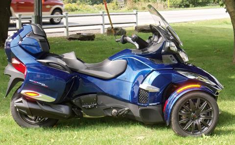2016 Can-Am Spyder RT-S SM6 in Palatine Bridge, New York