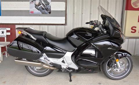 2010 Honda ST1300 ABS™ in Palatine Bridge, New York