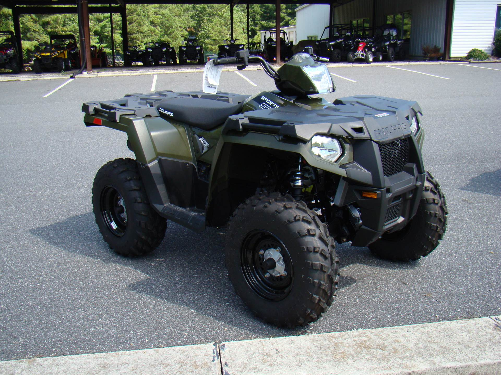 2015 Polaris Sportsman® 570 EPS in Hayes, Virginia - Photo 2