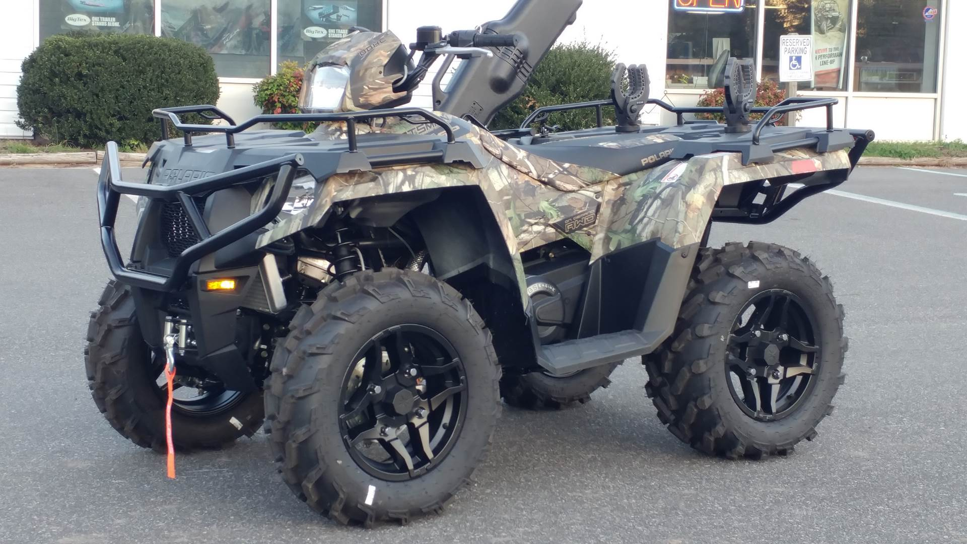 2020 Polaris Sportsman 570 Hunter Edition in Hayes, Virginia - Photo 1