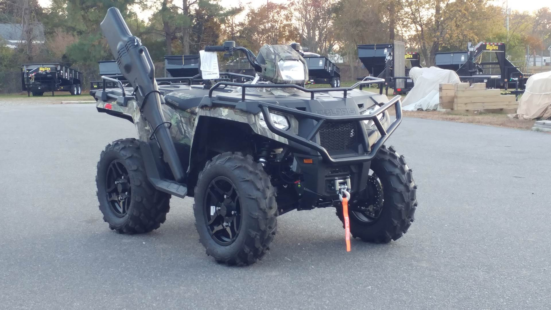 2020 Polaris Sportsman 570 Hunter Edition in Hayes, Virginia - Photo 2